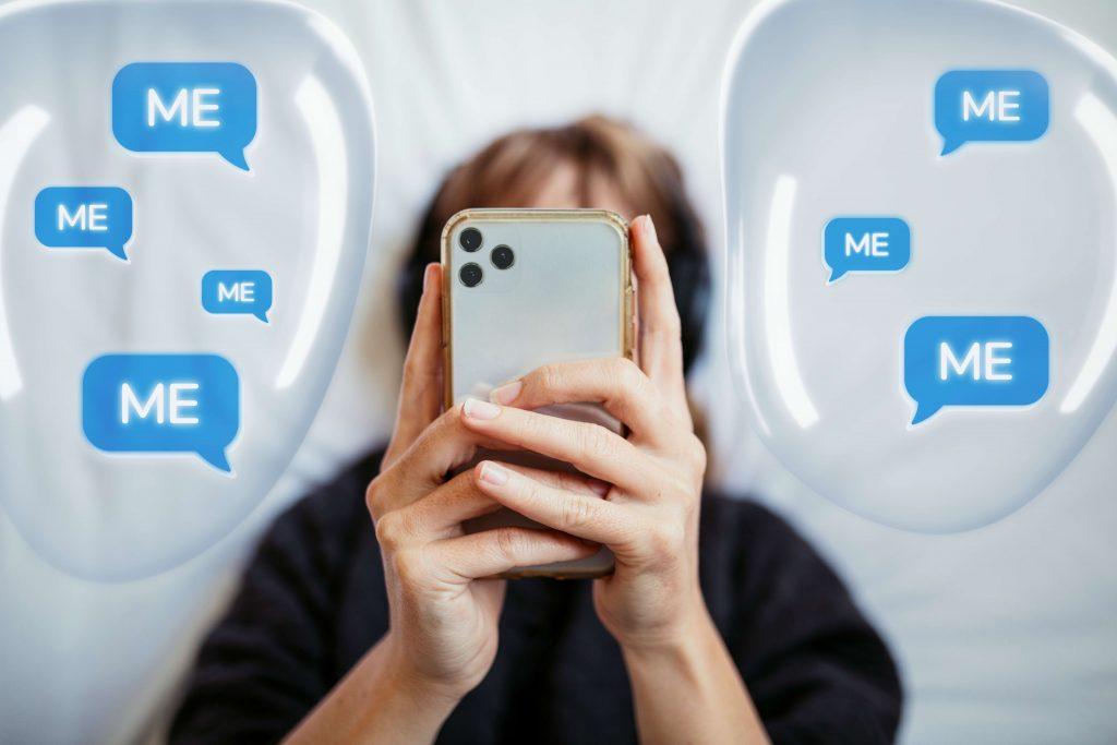 selfie addict causes narcissism