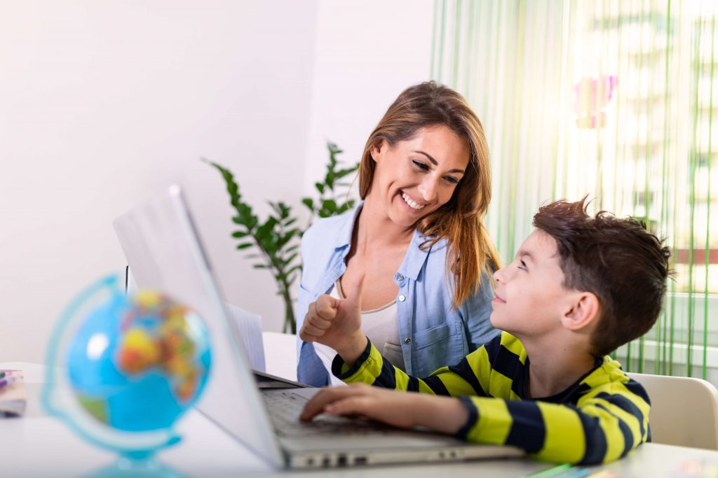 help kids develop a positive digital footprint
