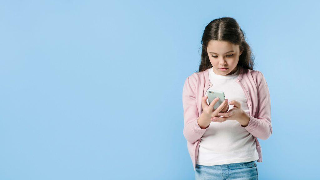 trẻ bao nhiêu tuổi được dùng instagram