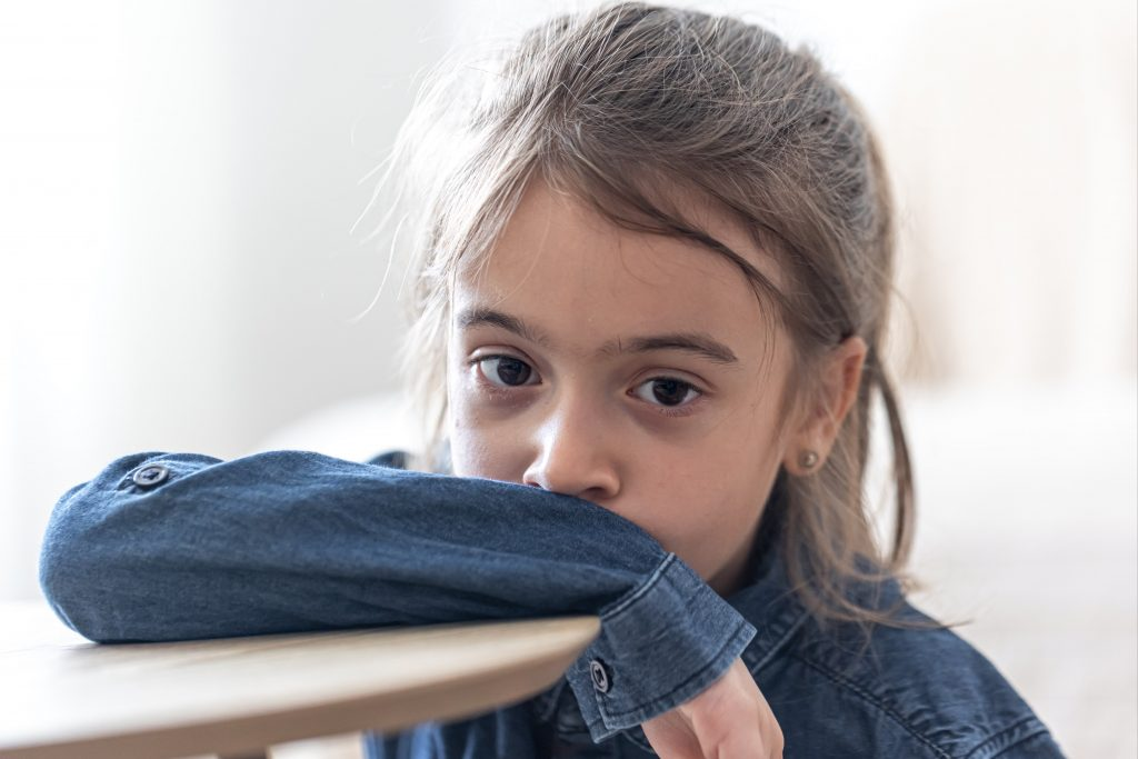 4 crucial ways to keep children safe online on Facebook (from being abused)!
